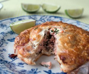 Seafood dinner recipes salmon in puff pastry pasty forumfinder Image collections