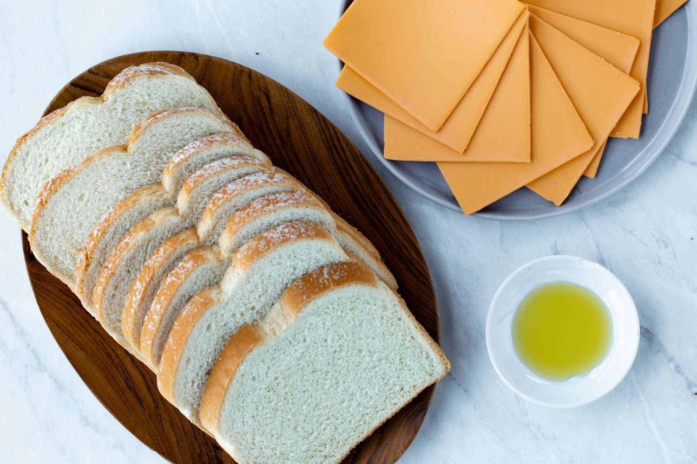 Vegan Grilled Cheese Sandwich ingredients