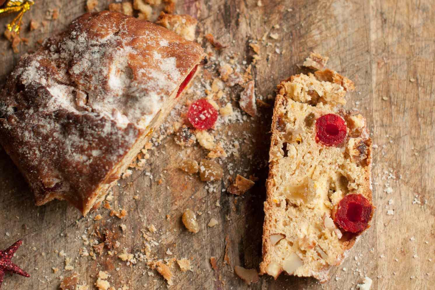 Lithuanian Fruit Bread