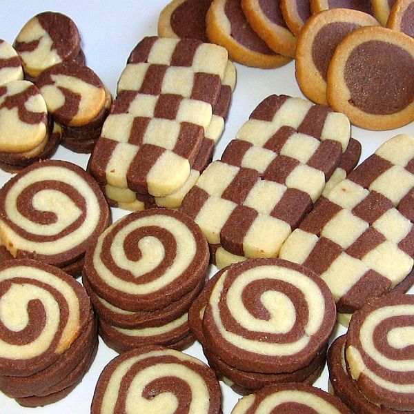 Czech Black-and-White Cookies