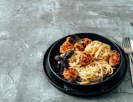 Spaghetti Meatball Carbonara