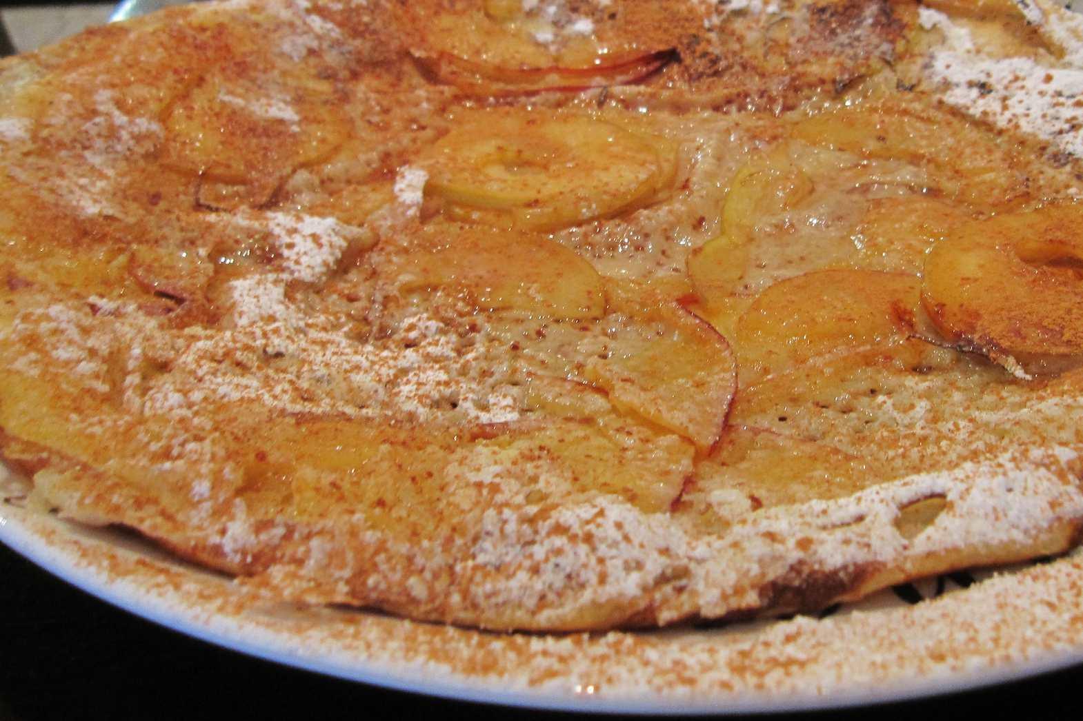 Dutch apple and bacon pancake