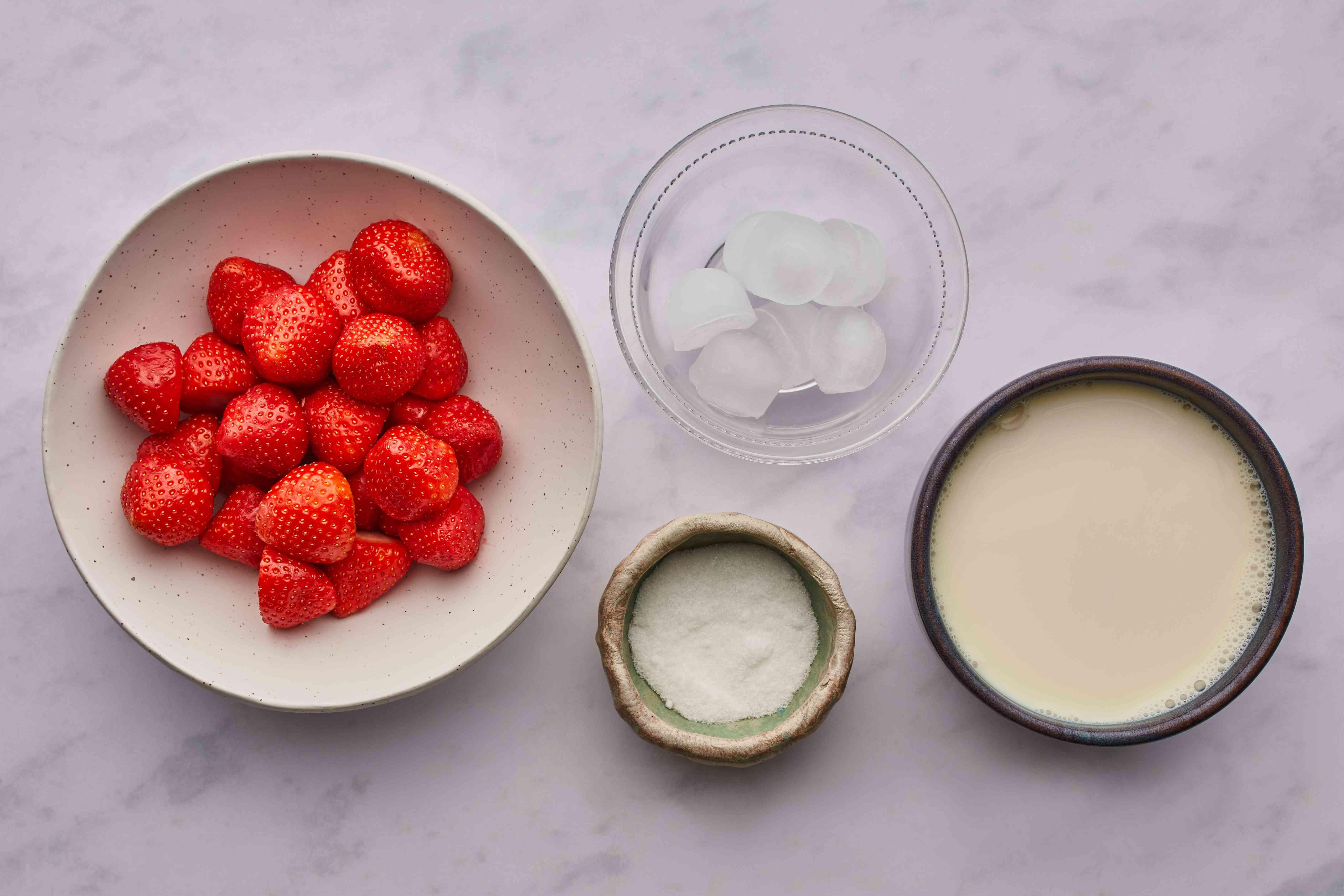 Healthy Homemade Strawberry Milkshake (Smoothie) ingredients