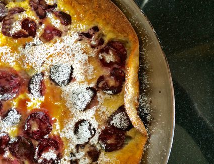 Cherry Puffy Pancakes