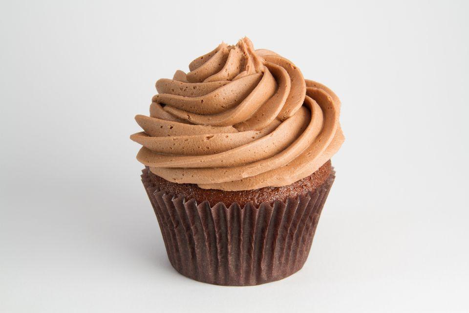 Ways To Spruce Up Chocolate Cake