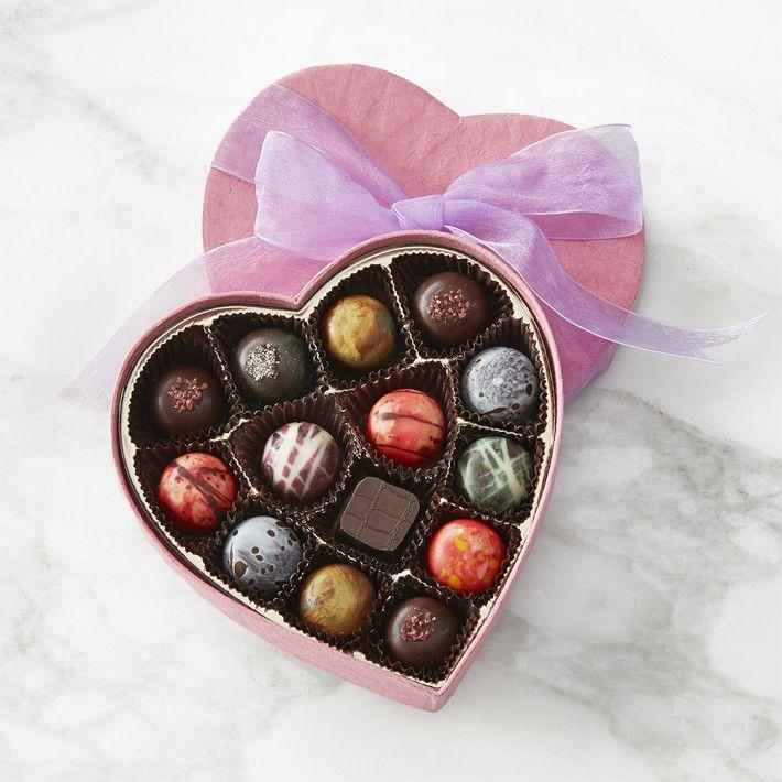 knipschildt-heart-chocolates