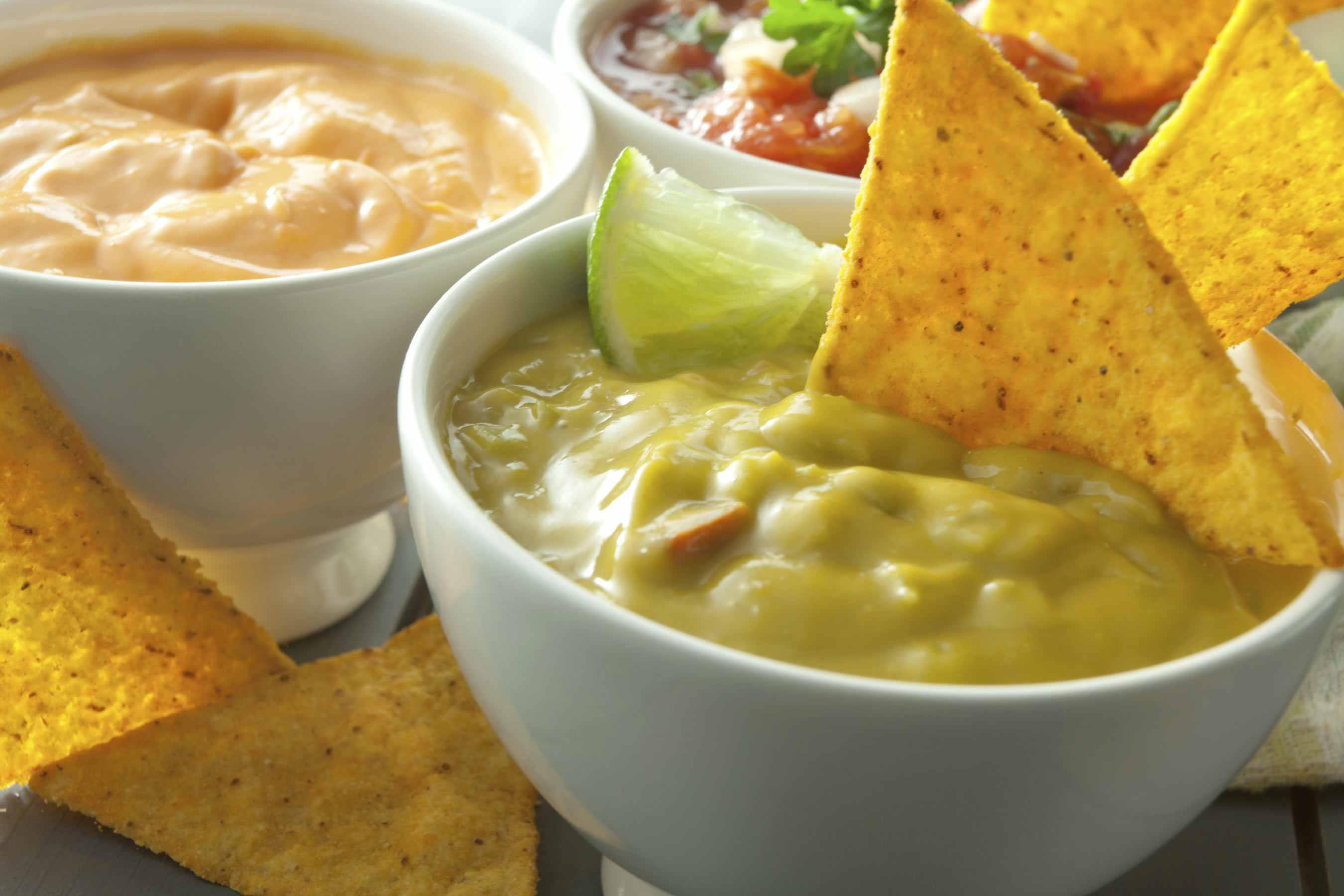 Chile Con Queso Cheese Dip