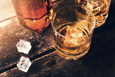 what does it mean to order scotch on the rocks