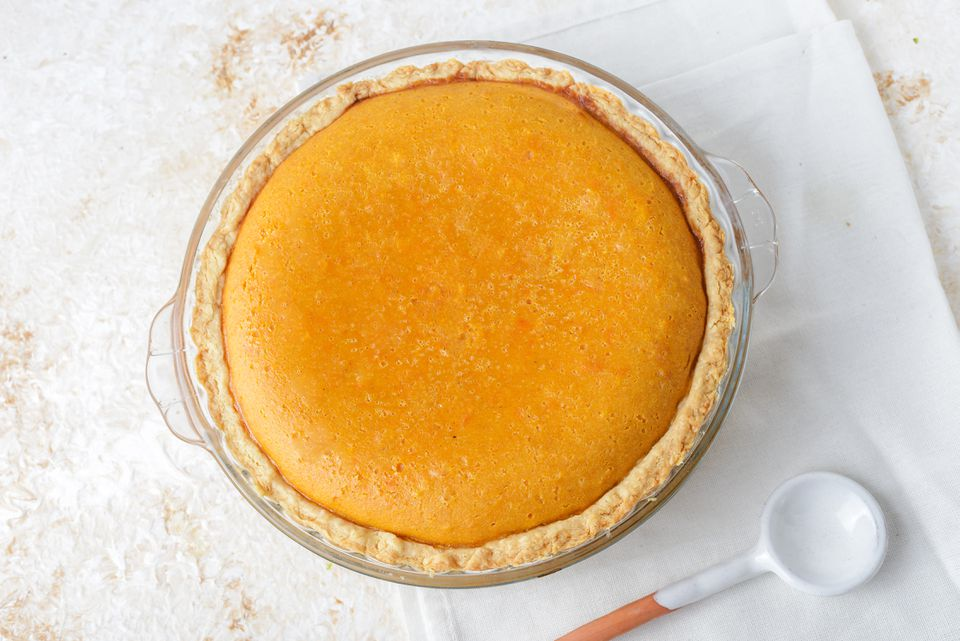 Freshly baked pumpkin pie
