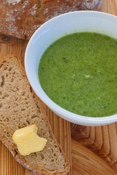 Healthy Low Fat Broccoli Soup Recipe