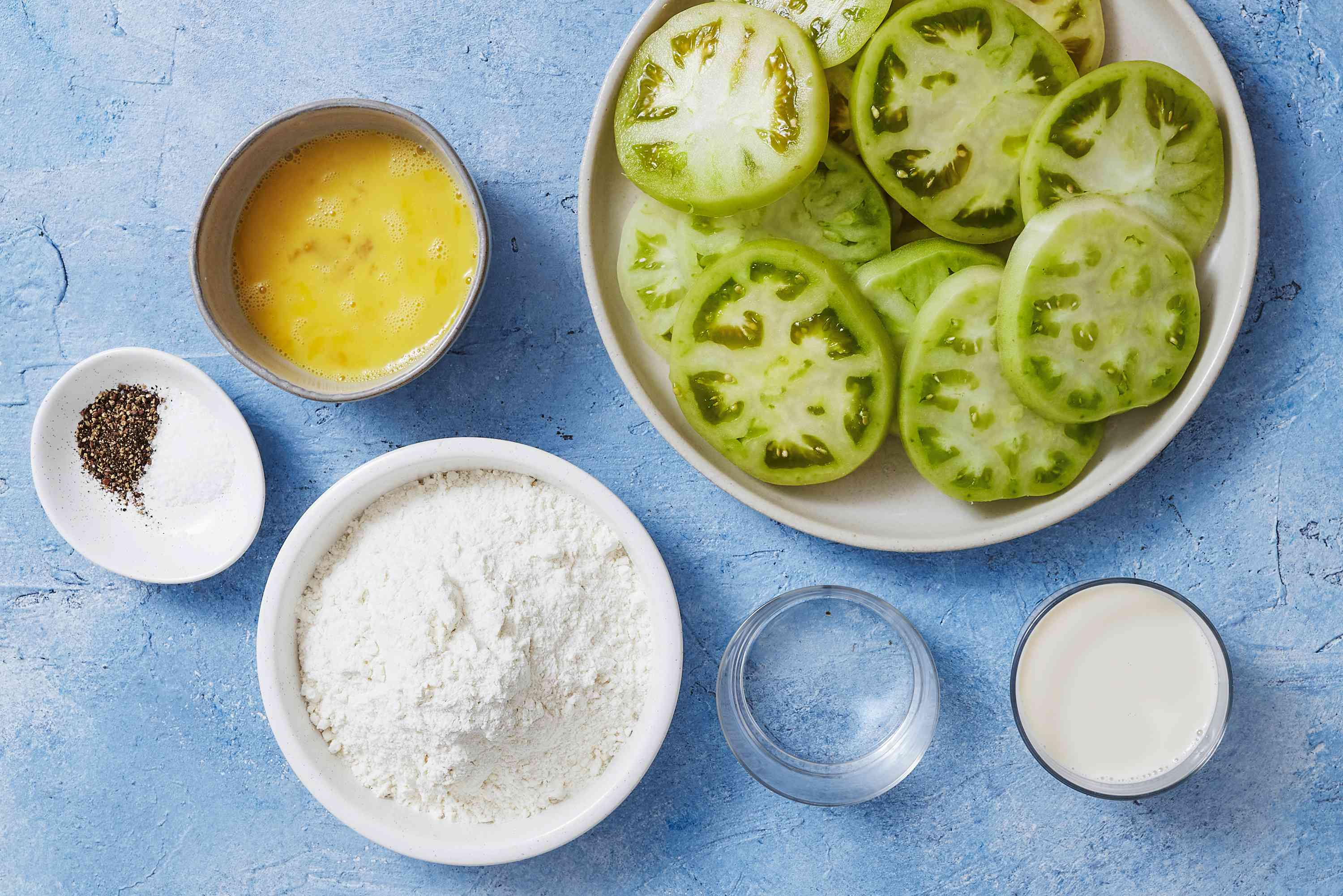 Ingredients to make oven-fried green tomatoes