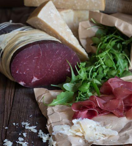 Bresaola with arugula and Parmigiano-Reggiano cheese
