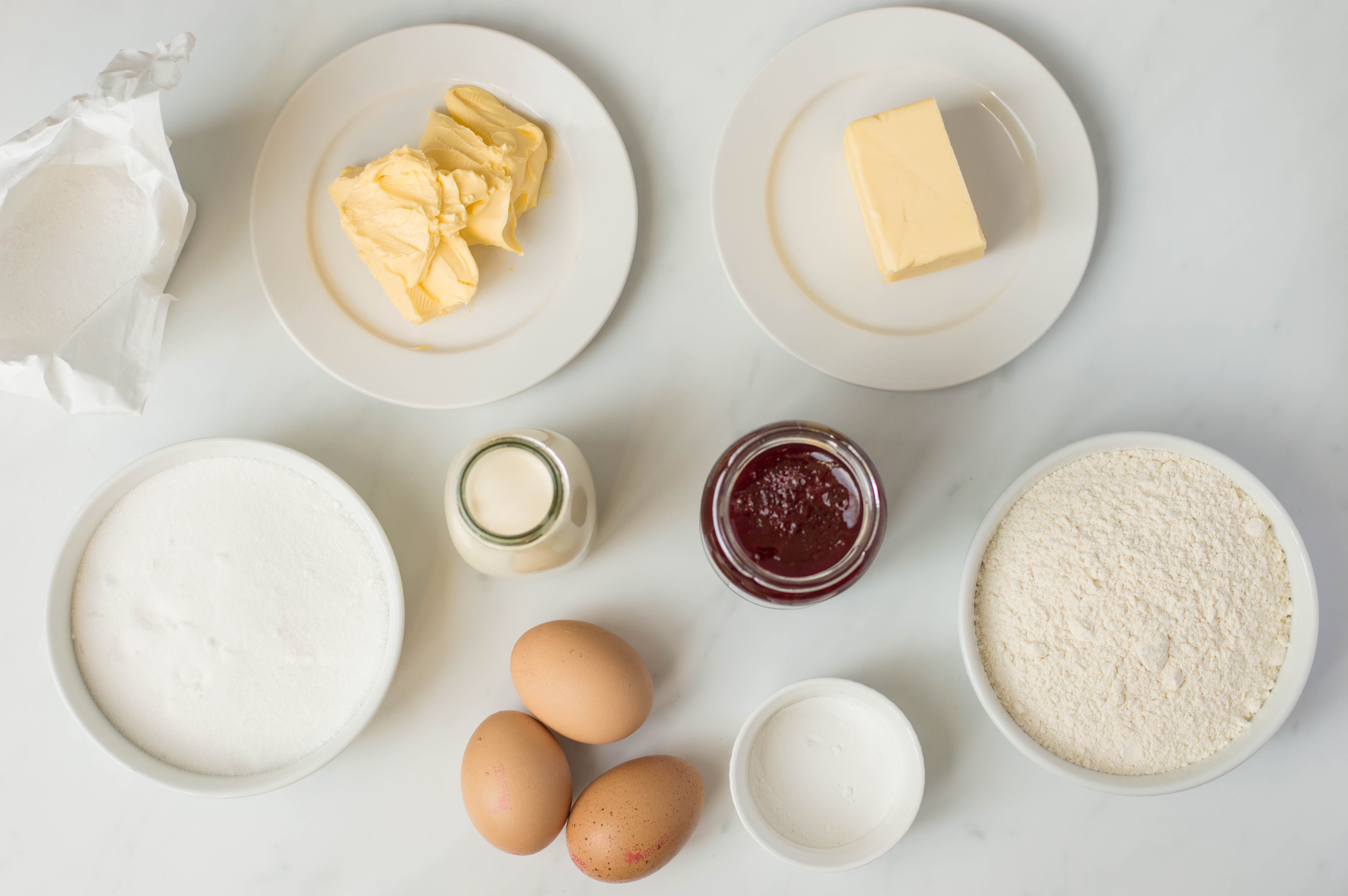 Victoria sponge cake ingredients