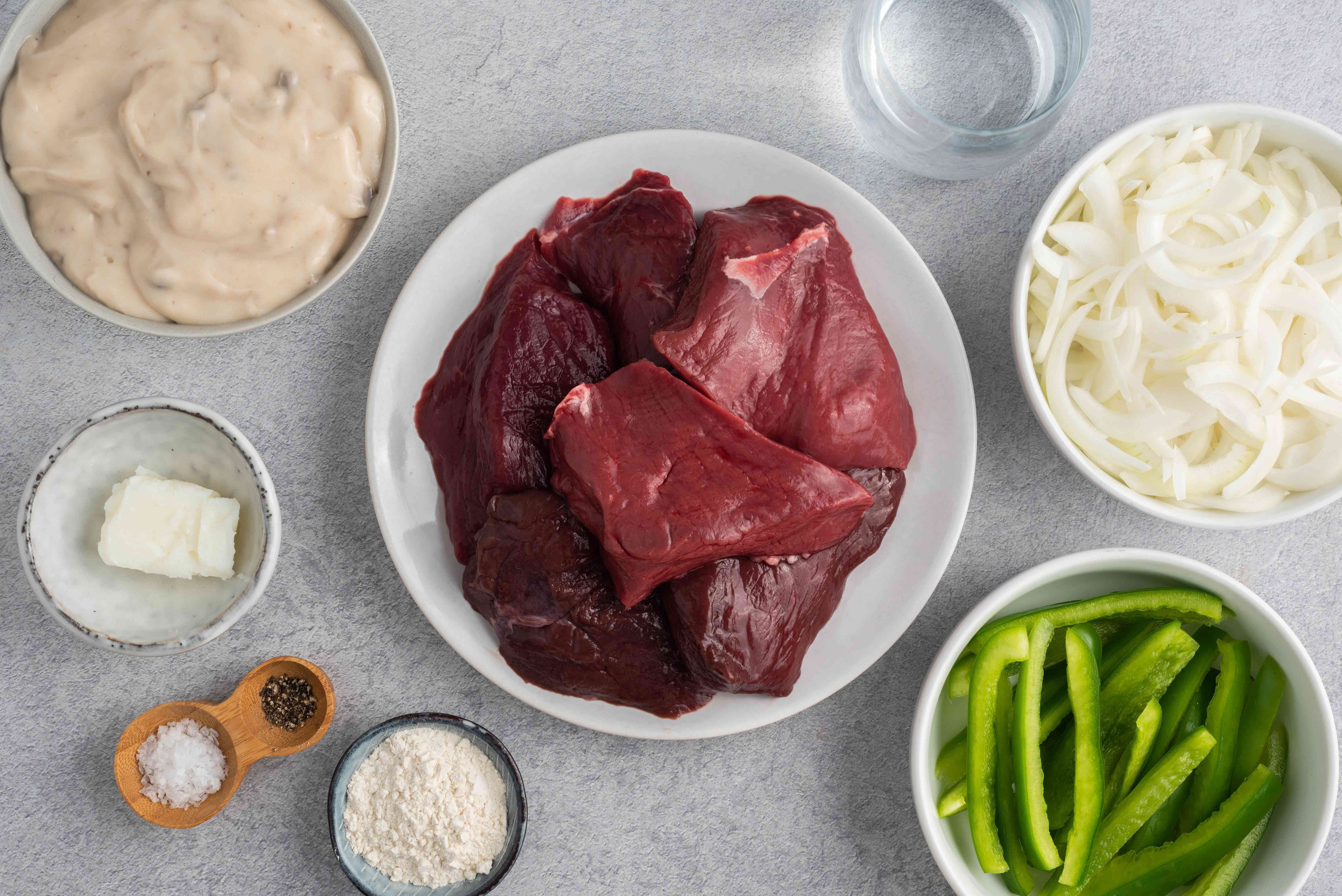 Slow Cooker Venison Steaks With Peppers and Onions ingredients