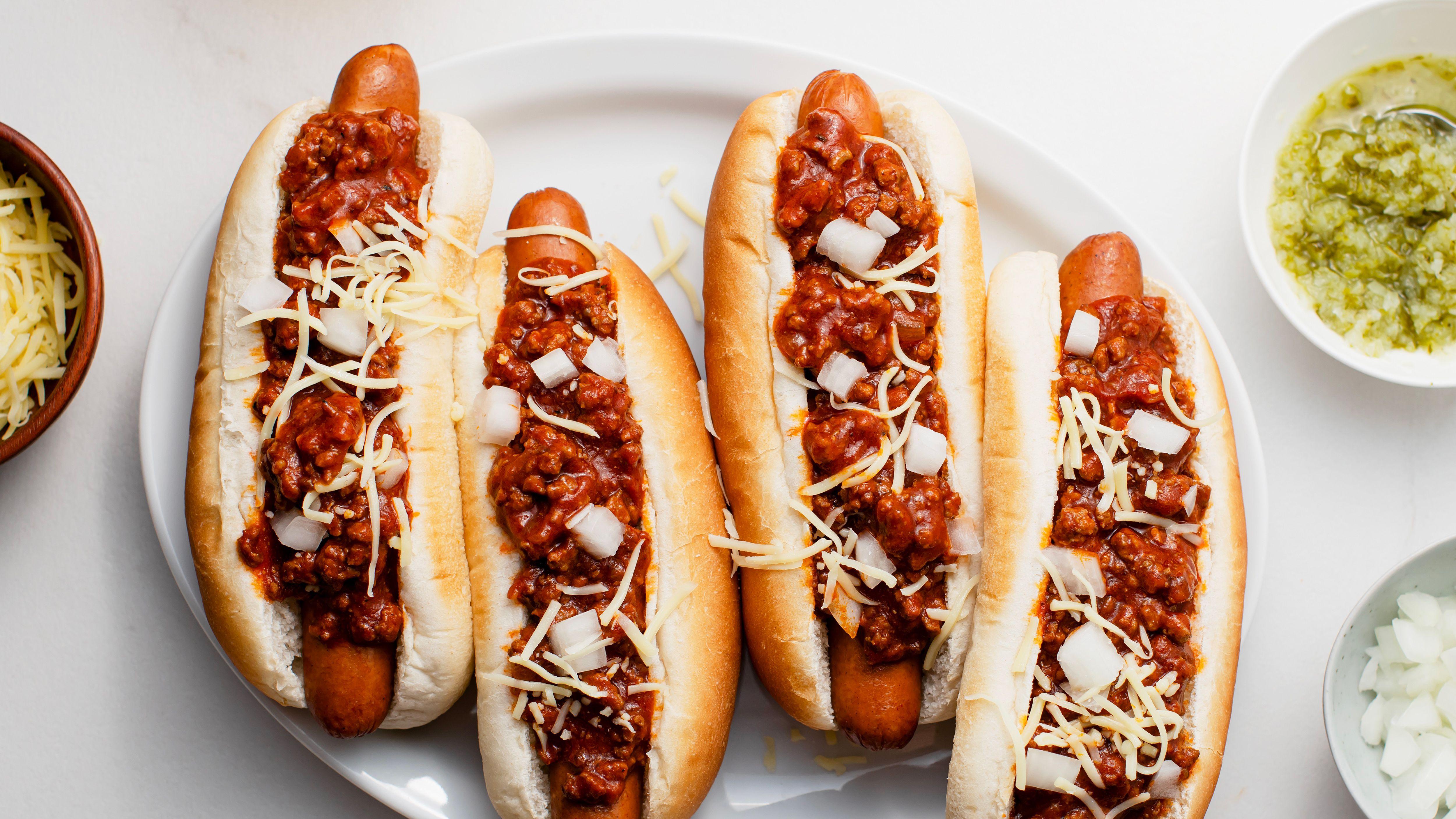 Easy Crockpot Chili Dog Sauce