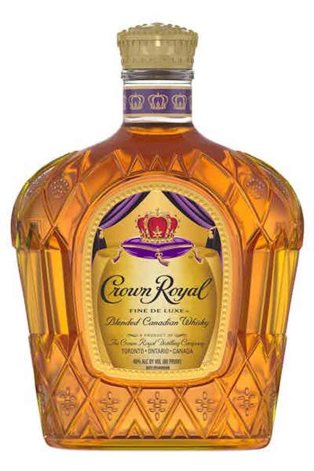 Crown Royal Fine Deluxe Blended Canadian Whisky
