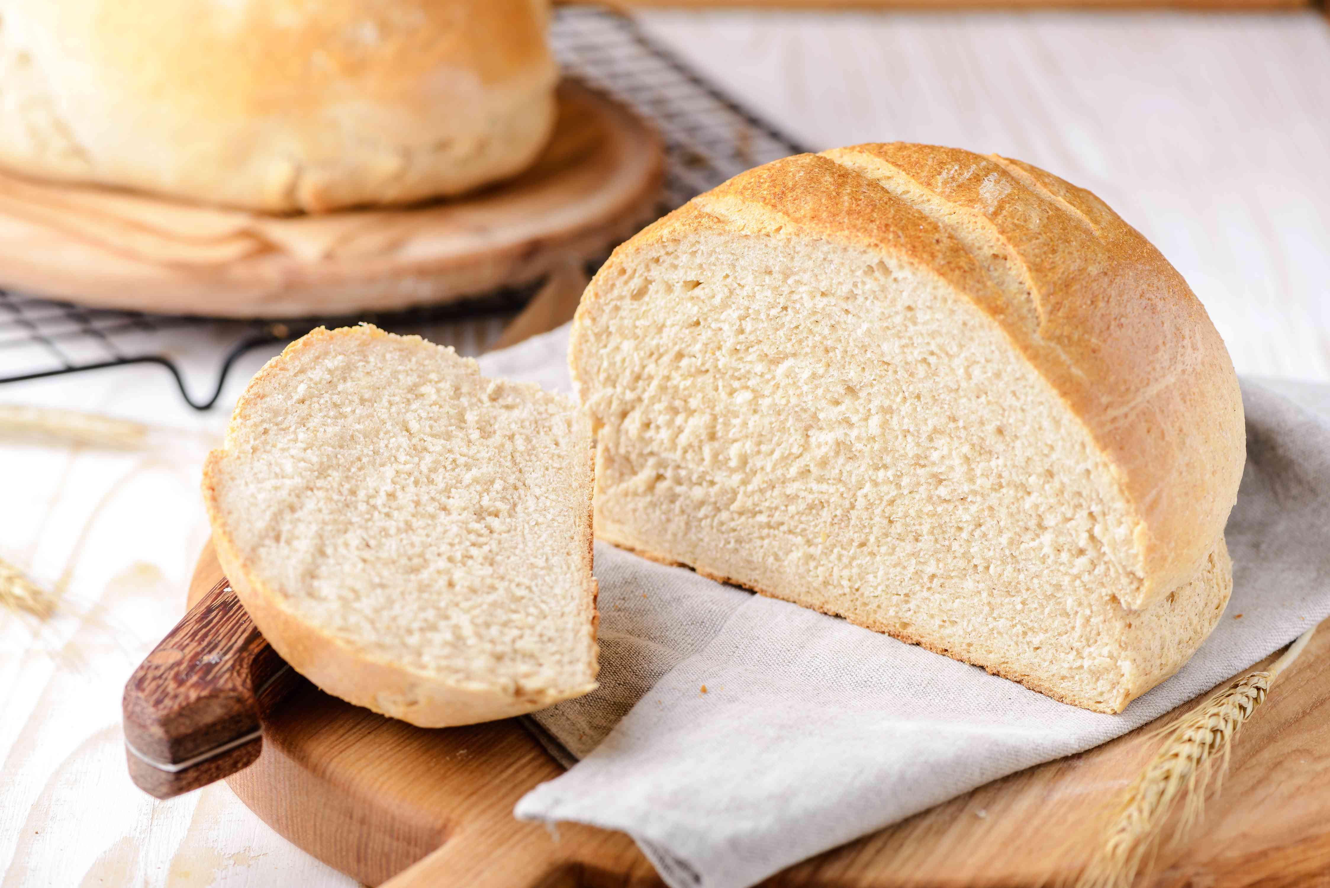 Polish buttermilk rye bread