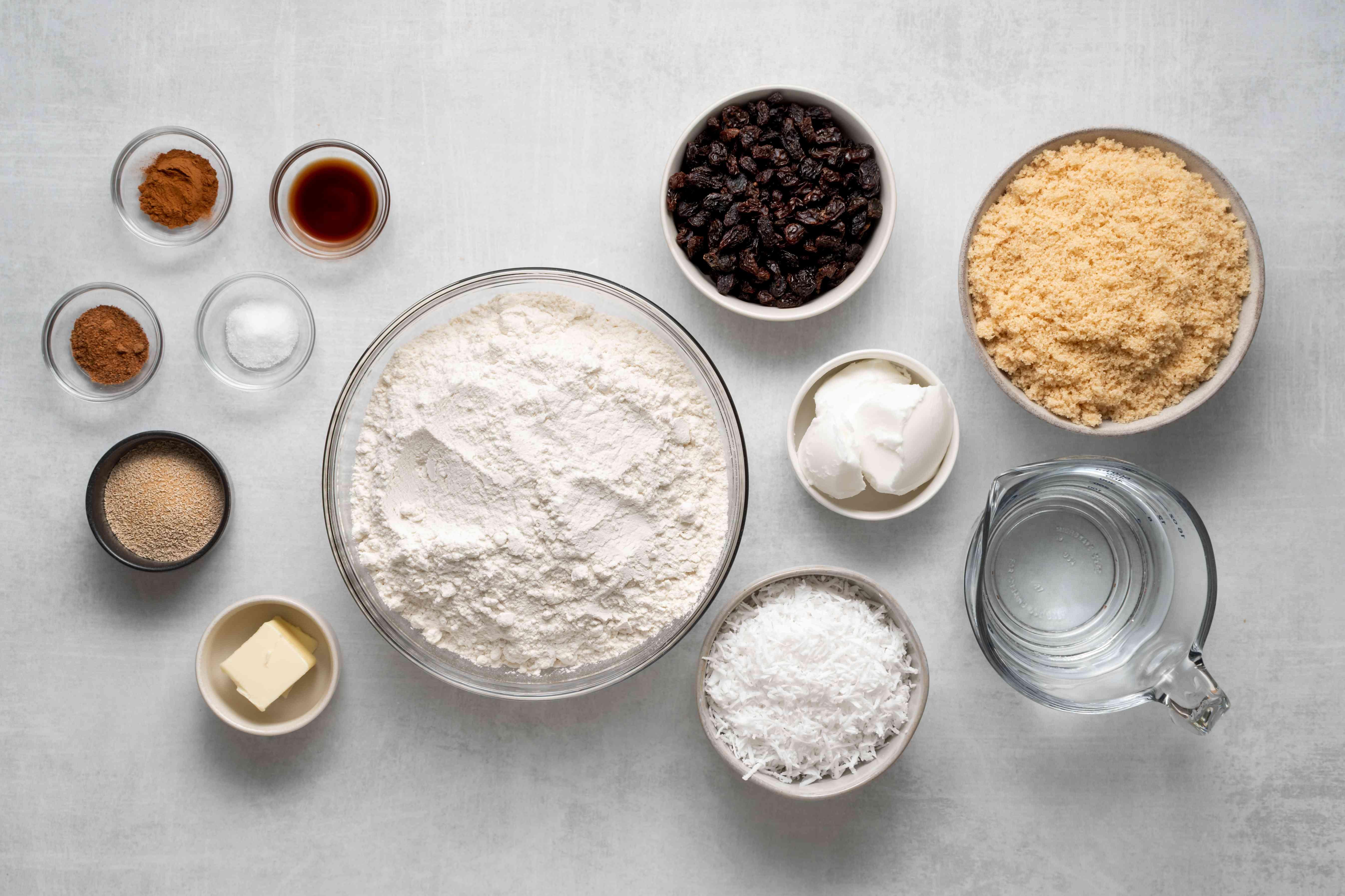 Antigua's Raisin Bun ingredients