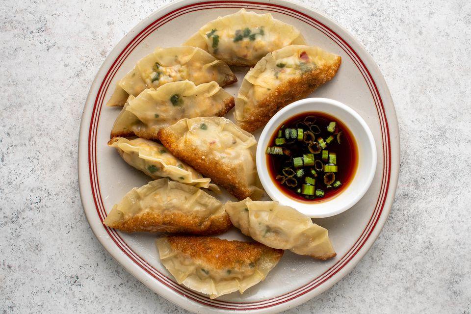 Vegan Potstickers With Mushroom and Tofu