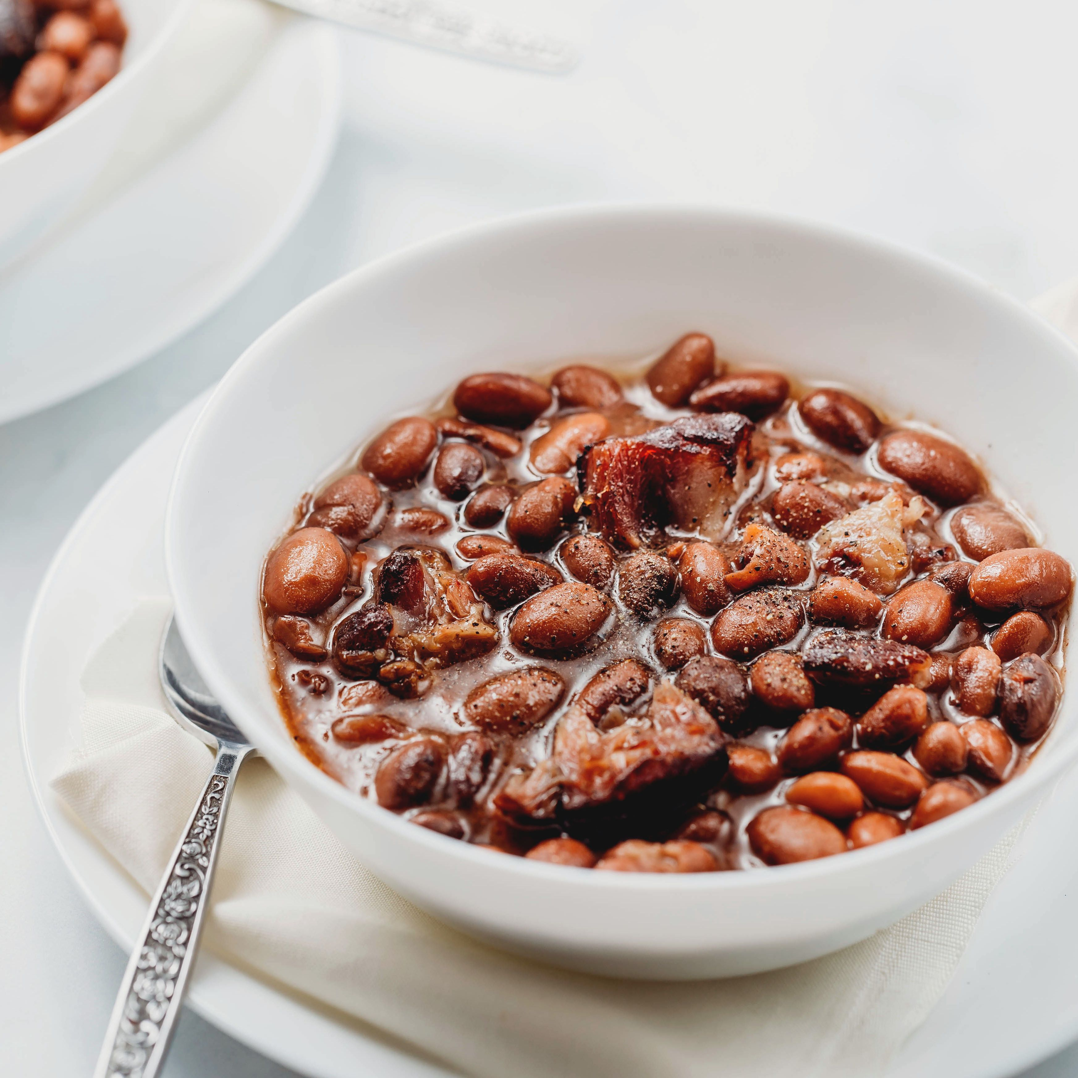 Southern Crock Pot Pinto Beans With Ham Hocks Recipe