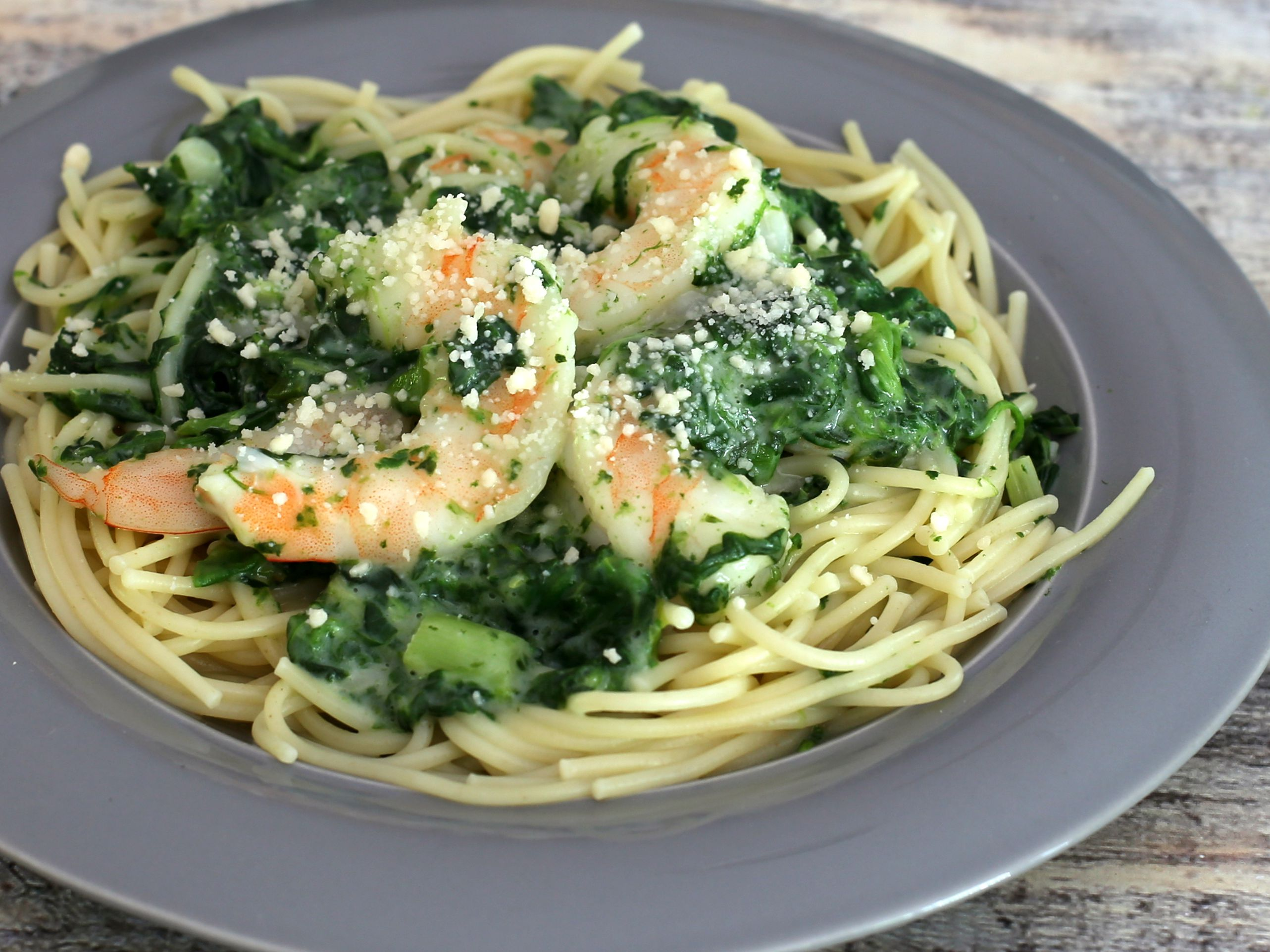 Easy Shrimp With Spinach And Alfredo Sauce Recipe