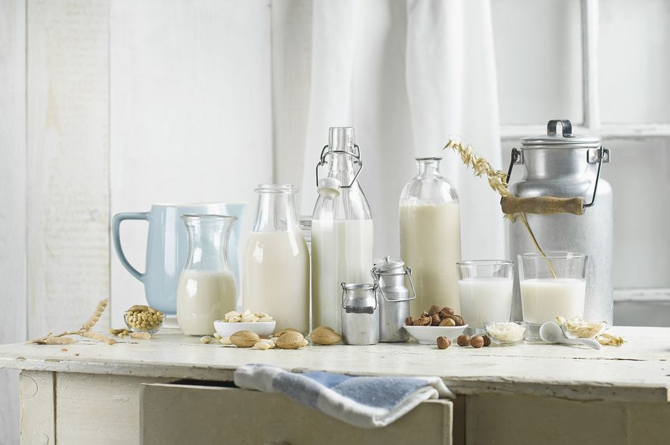Non-Dairy Milk: Vegan Milk, Soy Milk, Almond Milk, Lactose-Free, Hazelnut Milk, Rice Milk, Oak Milk