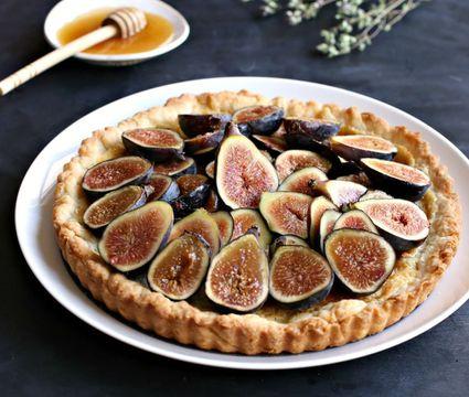 Fresh Fig and Honey Tart