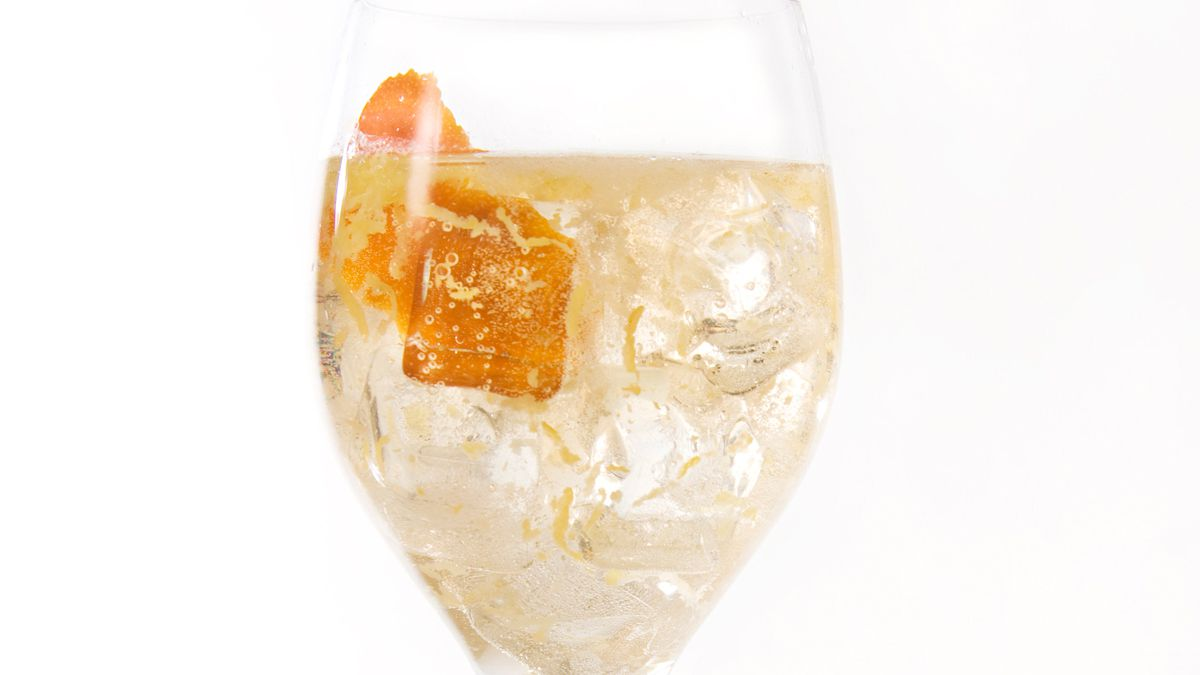 Easy Wine Cocktail Recipes