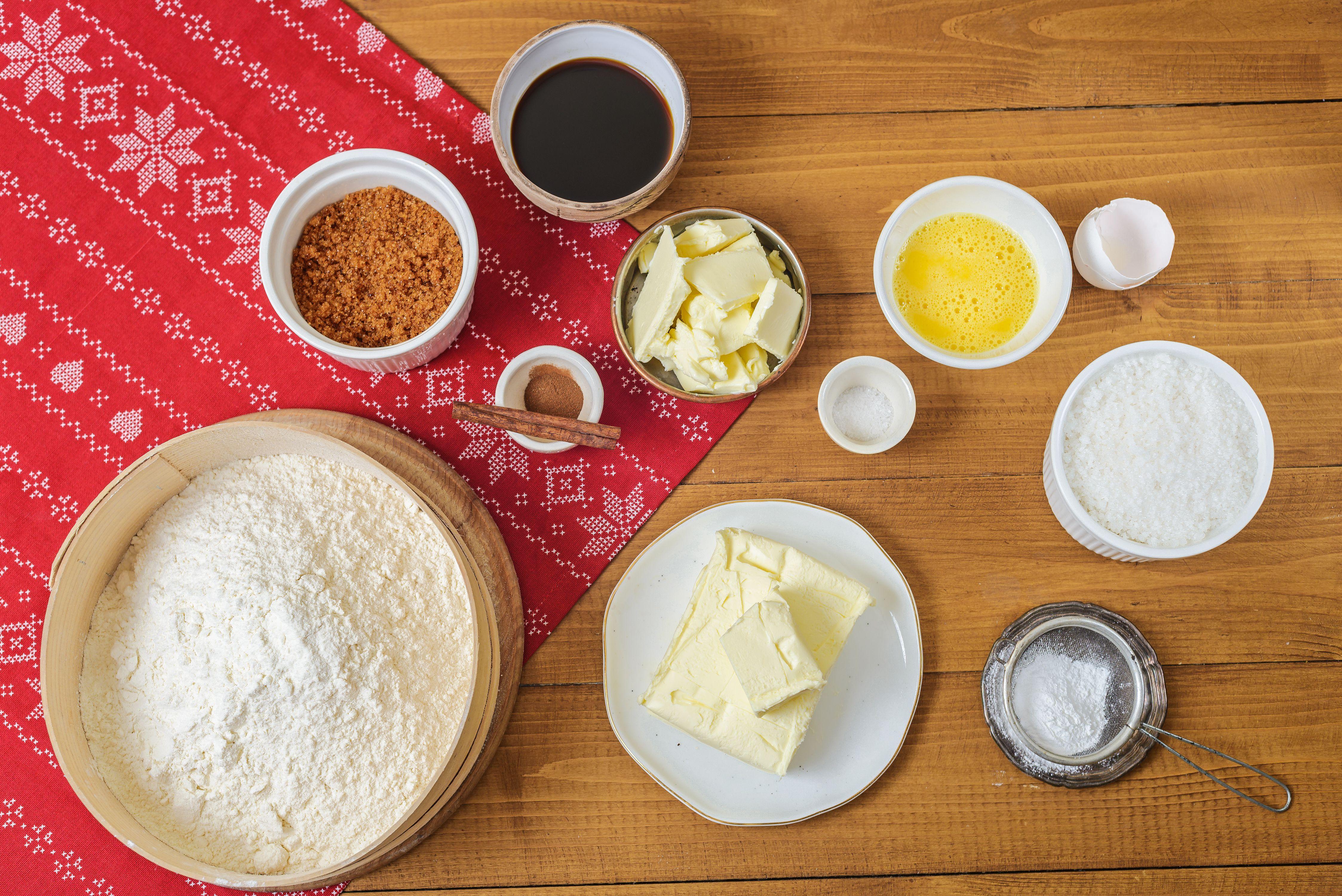 Ingredients for Stroopkoeken cookies