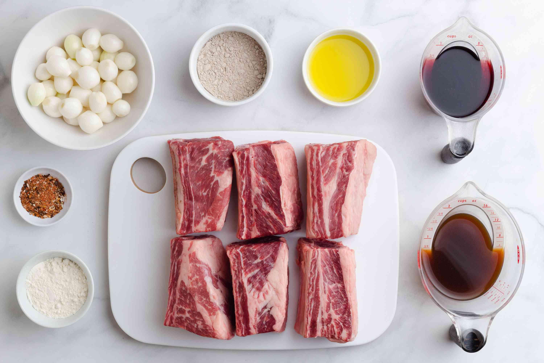 Crock Pot Short Ribs Burgundy ingredients