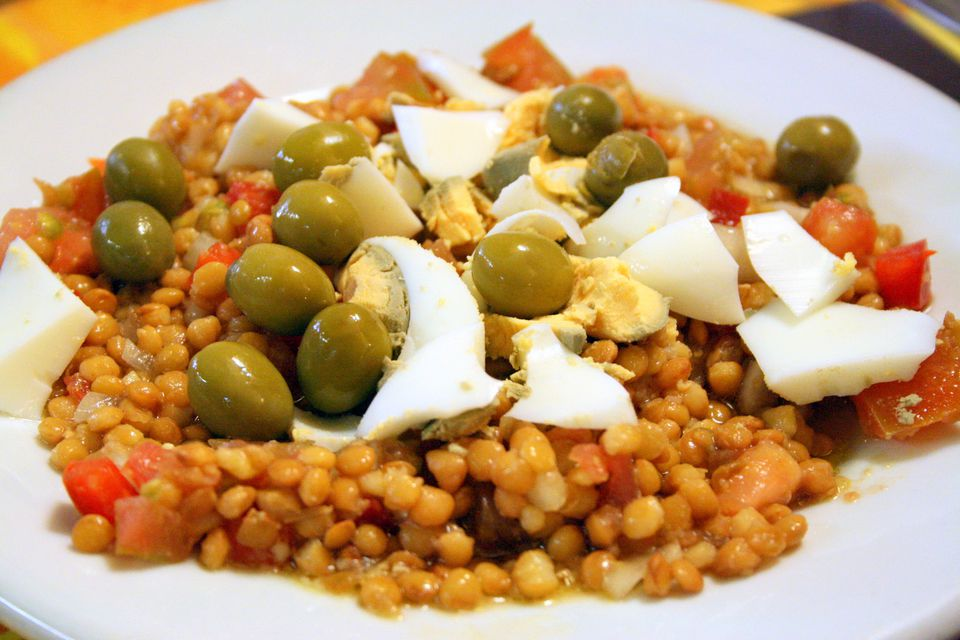 10 healthy spanish recipes for the new year a delicious lentil salad recipe thats easy to make and the perfect summer salad forumfinder Choice Image