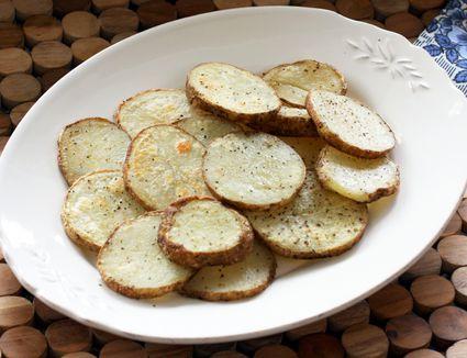 roasted baked potato slices