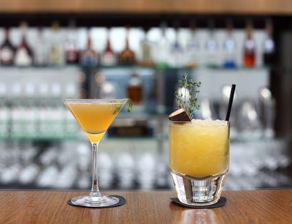 Bar cocktails