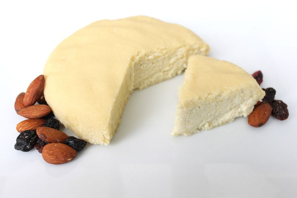 Almond-Cheese1500.jpg