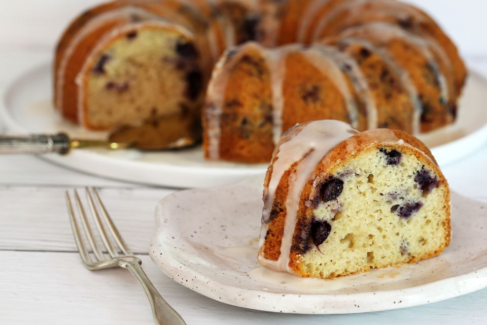 Easy blueberry yogurt cake with frosting