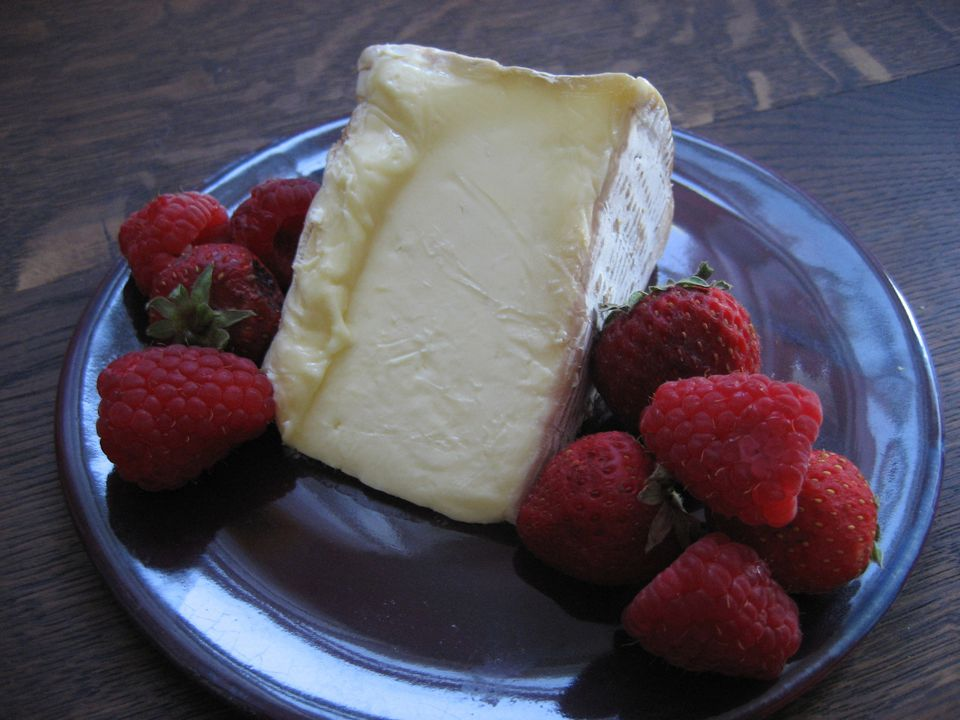 Brillat Sivarin Cheese with Berries