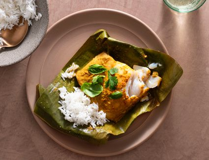 Thai Baked Fish in Banana Leaf Recipe