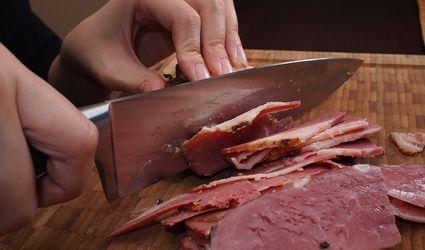Cutting corned beef