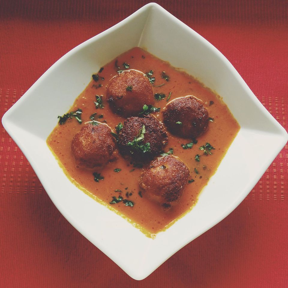 Mukhmali Kofta - Bolas de queso en salsa espesa de la India