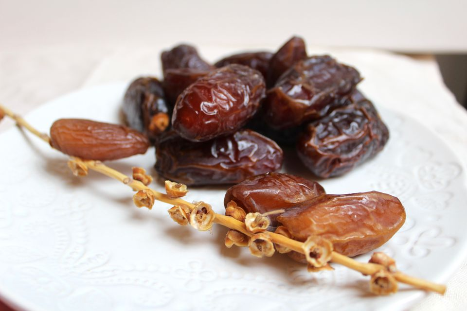 Medjool and Halawi Dates