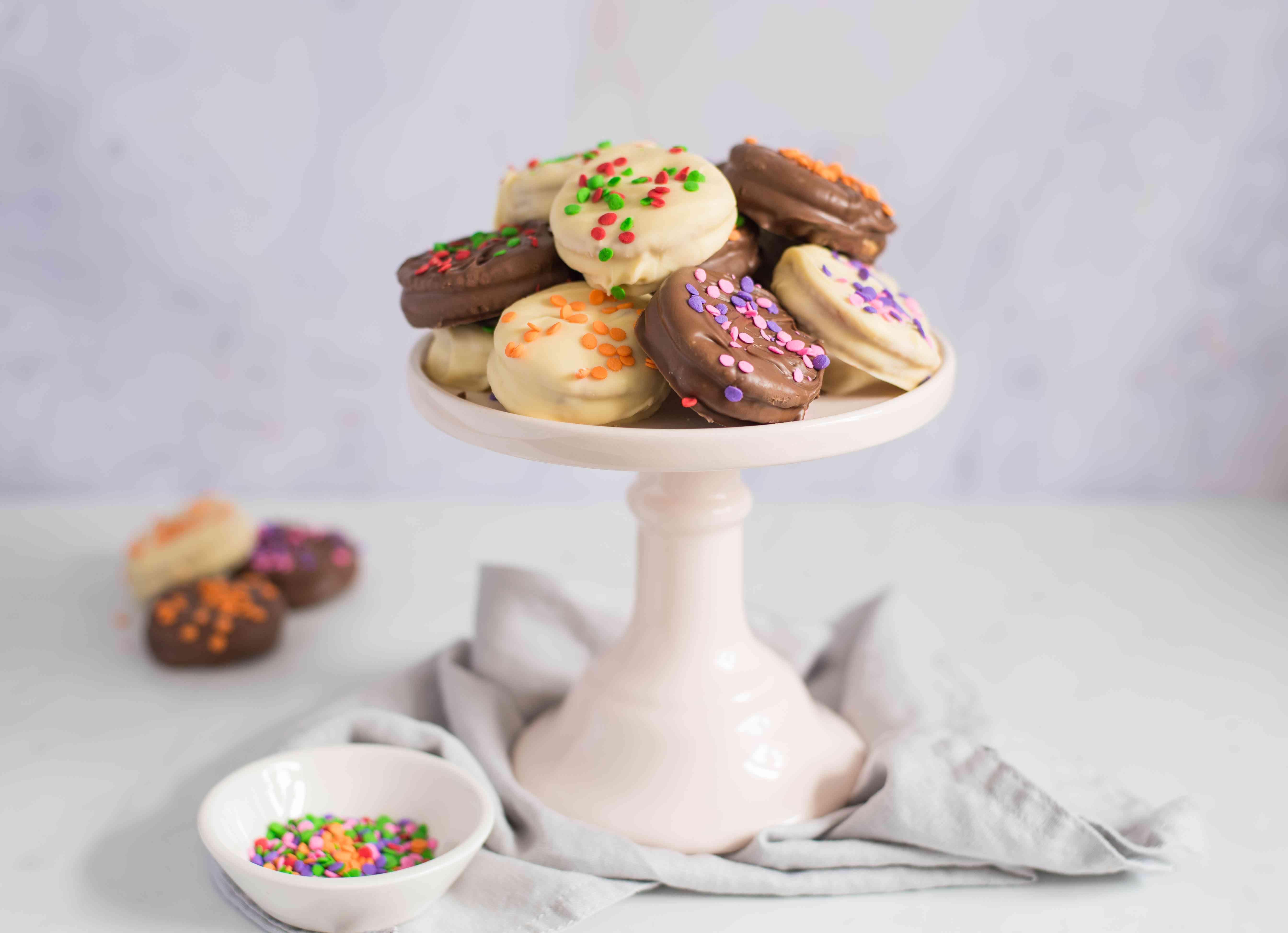Serve cookies