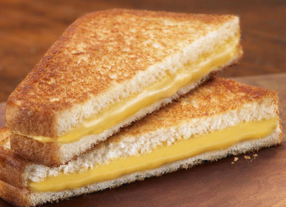 Sandwich de queso a la parrilla vegano