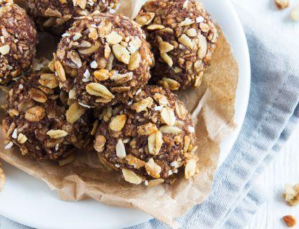 chocolate oat balls