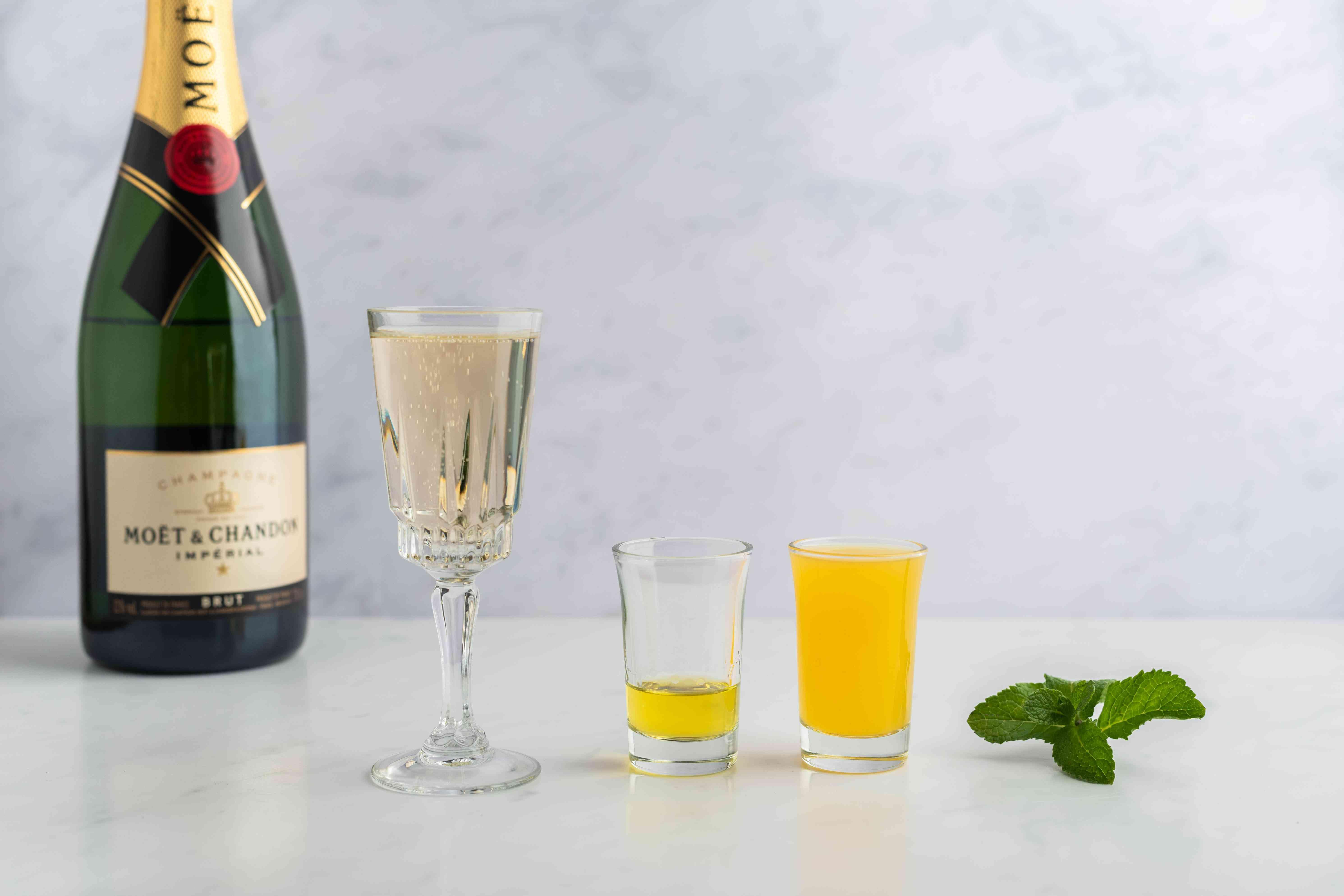 Moët Golden Glamour Cocktail ingredients