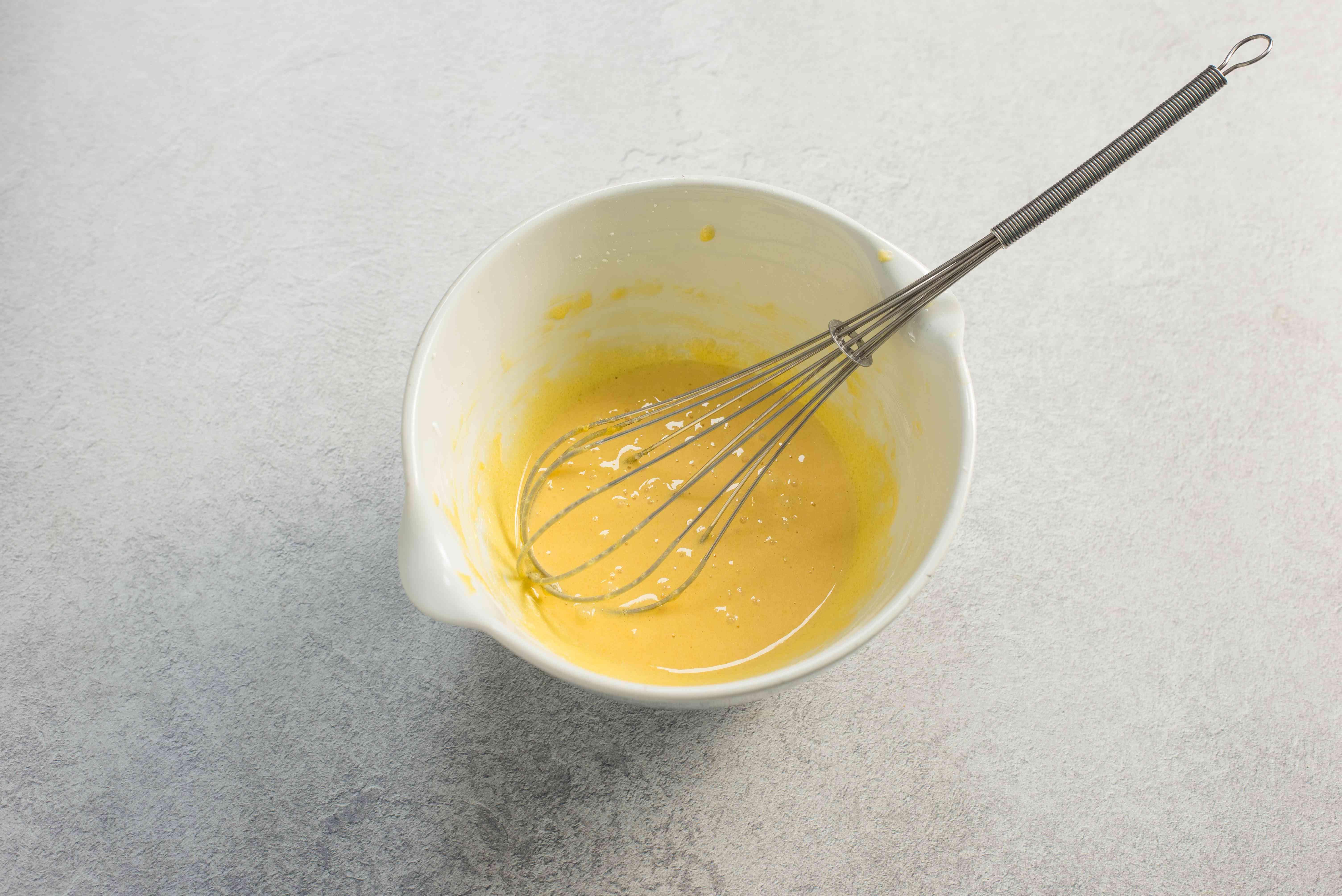 Whisk egg, cornstarch, sugar