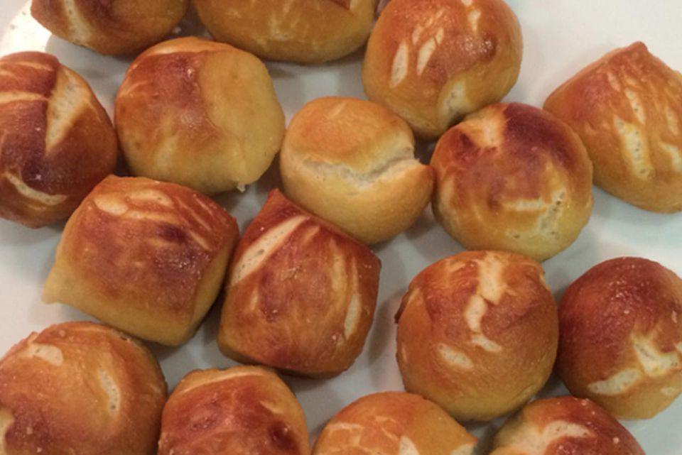 New York Style Soft Pretzel Bites Recipe