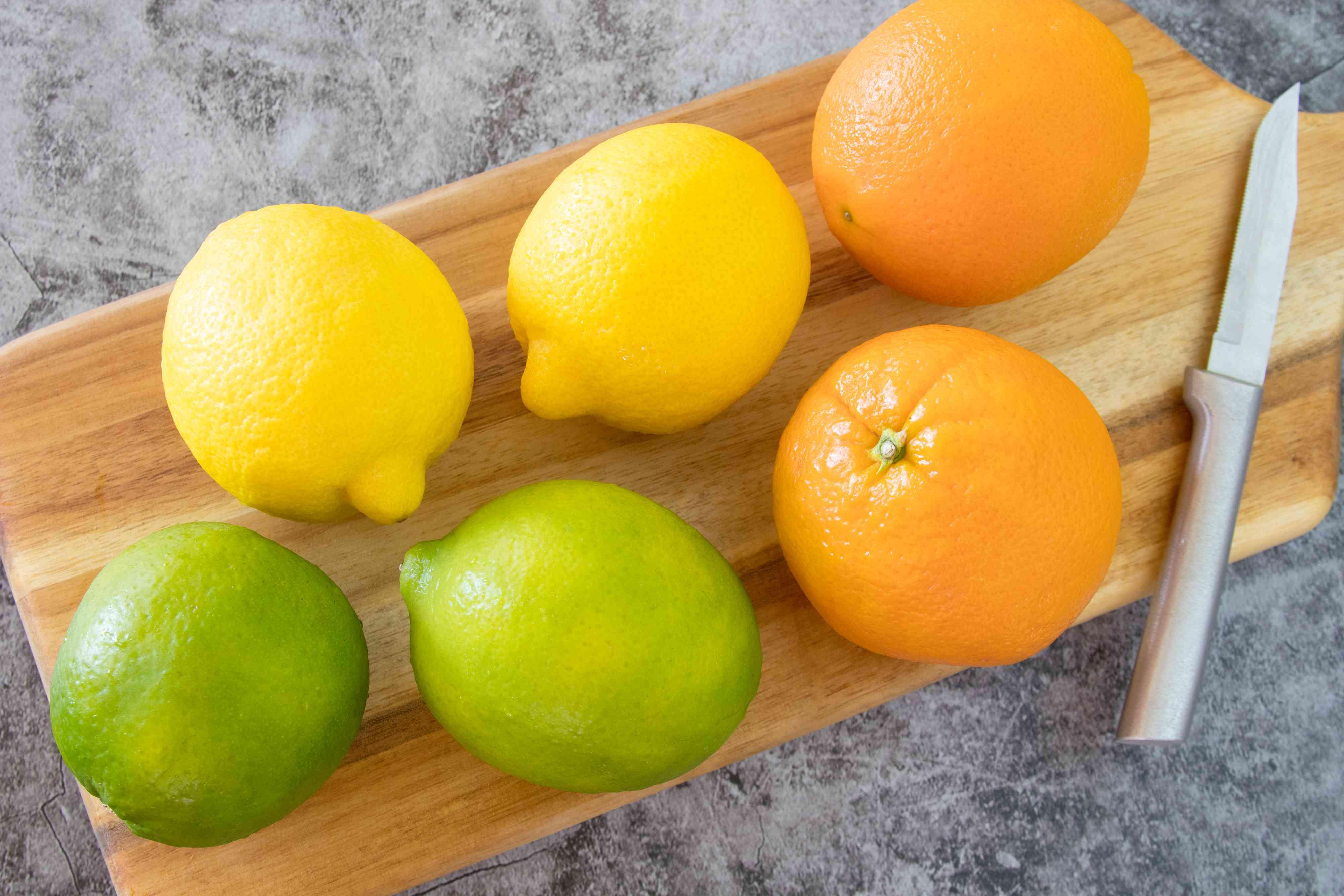 Select Beautiful Fruit for Garnishing Drinks