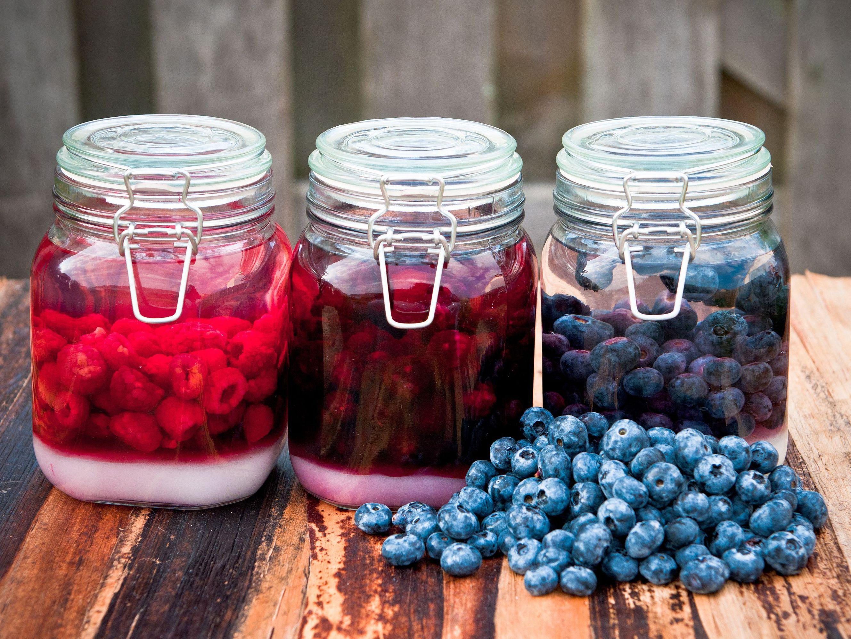 Polish Blueberry Cordial (Likier Borowkowy) Recipe