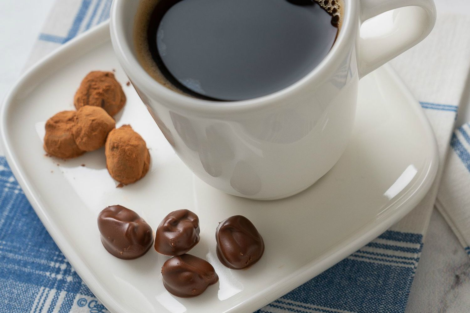 Chocolate-Covered Coffee Beans Are Actually Really Easy to Make at Home