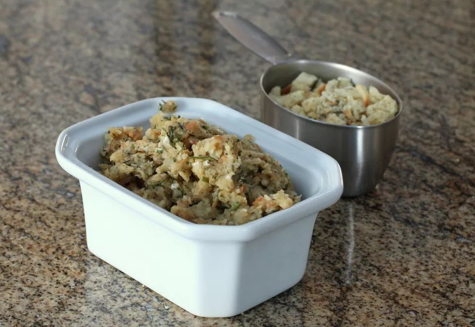 Stove-Top Thanksgiving Stuffing